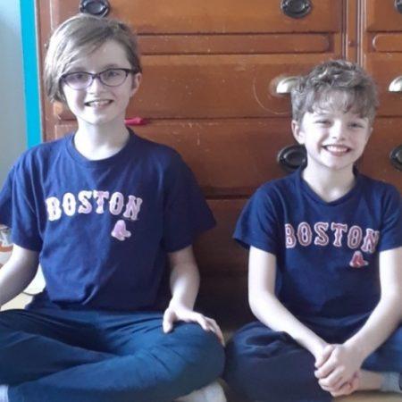 Raising Bilingual Kids and their childhood songs